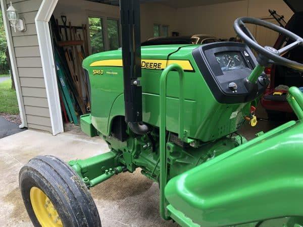 Tractor - Car